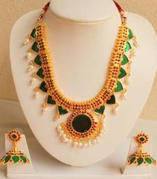Buy GORGEOUS GREEN UNIQUE DESIGN KERALA STYLE JEWEL SET south-indian-jewellery online