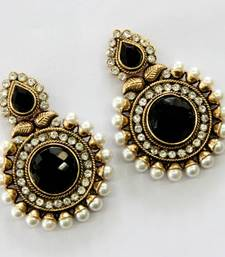 Buy BEAUTIFUL ROUND HANGINGS danglers-drop online