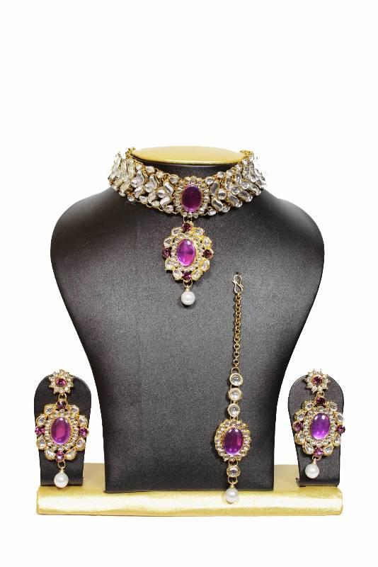 Buy Tranz Chocker Kundan Jewelry Set In Purple With Pearls