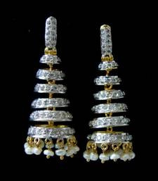 Buy AD WHITE STONE STUDDED JHUMKA WITH PEARLS HANGINGS jhumka online