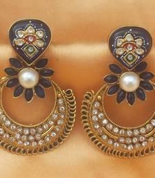 Buy beautiful earrings  south-indian-jewellery online