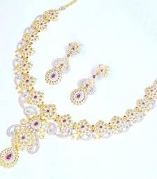 Buy Royal elegant bridal wear set 1090 bridal-set online