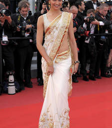 Buy DIPIKA IN WHITE SHIFFON deepika-padukone-saree online