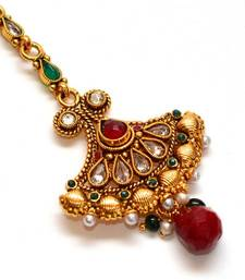 Buy Anvi's bridal maang tikka with uncut stones, rubies and emeralds maang-tikka online