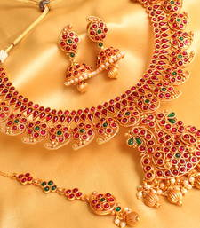 Buy GORGEOUS KEMP STONES BRIDAL ROYAL MANGO HUGE NECKLACE SET necklace-set online